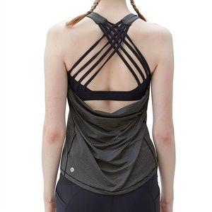 Queenie Ke Wild Tank Top 2 n 1 Criss Cross Yoga Shirt Size Large Grey/Black